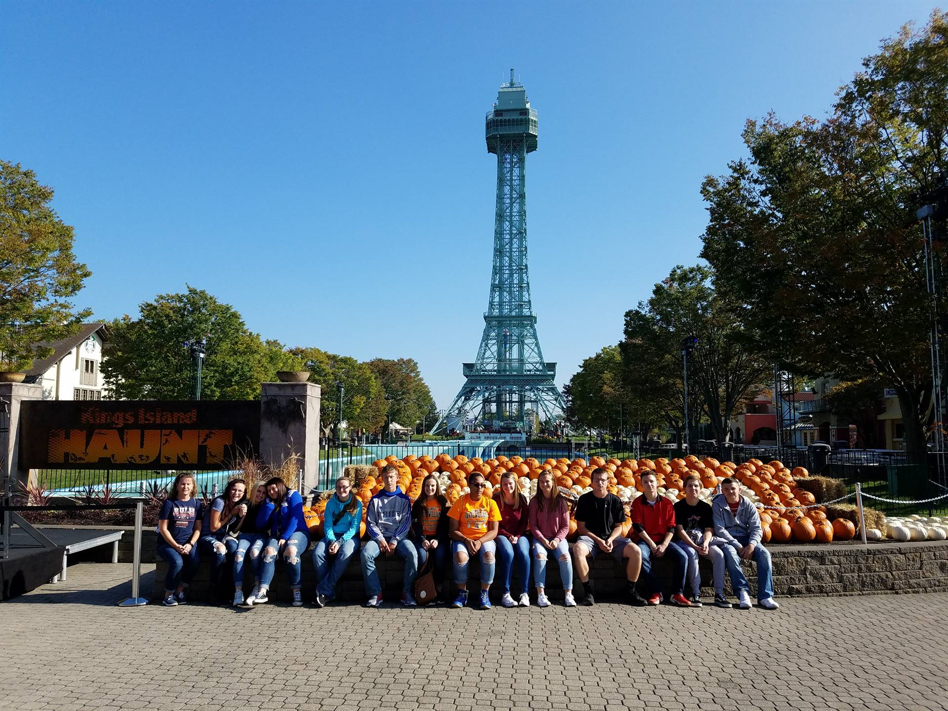 BPA Students Attend Kings Island Marketing Day