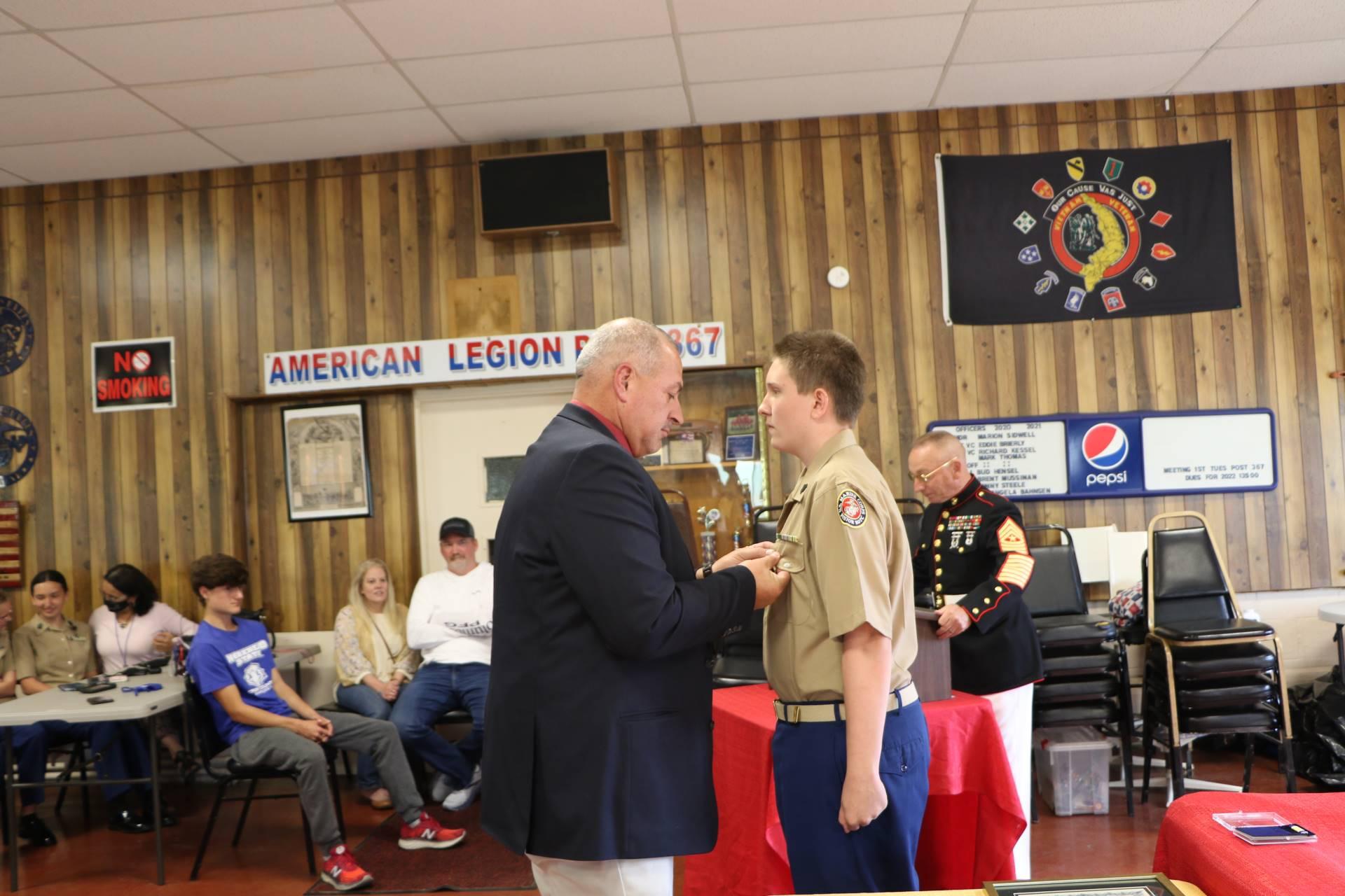 Cadet Sebastian Thomas receives the Military Order of the World Wars Award