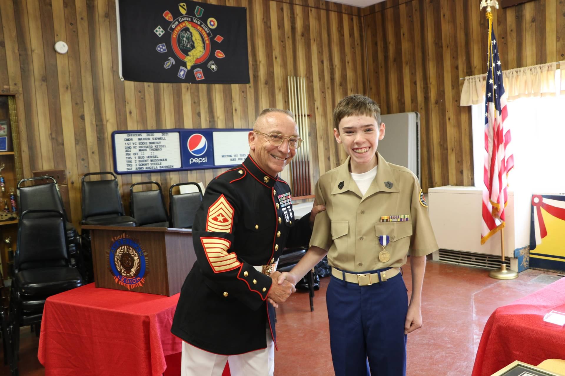 Cadet William Verne receives the Non Commissioned Officers Association Award